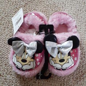 BNWT Disney's Junior Minnie slippers